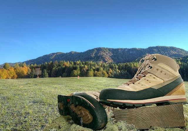 Best Hiking Boots For Mountain Hunting
